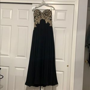 Black and Gold Prom dress size small